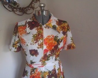 Adorable Vintage 1970s Floral Dress Fall Colors