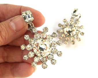 Large Vintage Crystal Rhinestone Clip On Earrings, Dangling Starburst Snowflake, Dazzling Costume Jewelry
