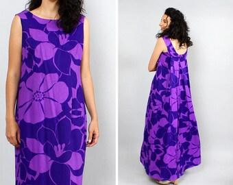 Hawaiian Dress M • 60s Maxi Dress • Cape Dress • Hibiscus Dress • Summer Dress • Purple Maxi Dress • Tropical Dress • Flare Dress   | D571