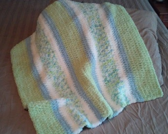 Crochet Baby Blanket and Matching Beanie Set in Light Blue, Mint Green and White