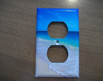 OUTLET PLATE COVER - The Beach