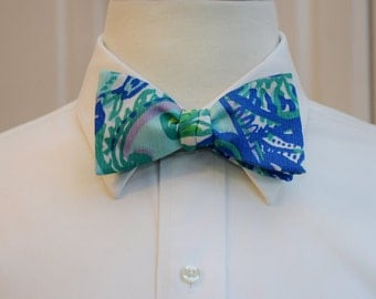 Men's Bow Tie, pool blue Lilly Keep It Current, blue green bow tie, groomsmen's gift, wedding party wear, formal menswear, grooms bow tie