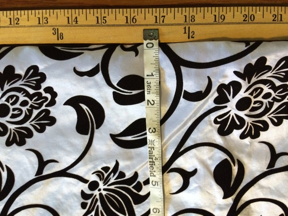 2 YARDS Black and White Floral Vine Flocked Taffeta material fabric pillows Christmas stockings sewing Renaissance Halloween F24