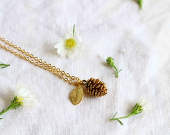 Dainty Pine Cone Necklace, Nature Necklace, Gold Pinecone Leaf Necklace.