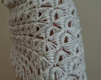 Elegant wrap, beautiful made crochet.