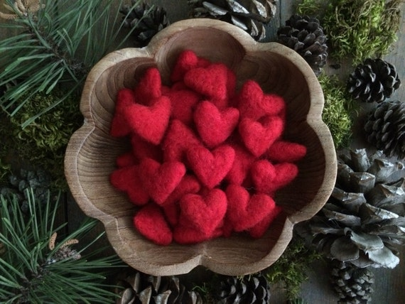 Felted wool hearts, Red, wholesale set of 100, Etsy wholesale bulk hearts for craft supply, wholesale hearts, Valentine's Day bowl filler
