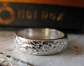 Vintage Sterling Silver Wedding Band Unique Wedding Band Silver Ring Carved Wedding Ring Hot Rox Vintage Wedding Band Renaissance Ring