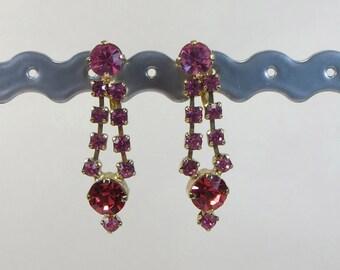 Vintage Pink Crystal Screw Back Earrings, Rosy Pink Rhinestone Crystal Non Pierced Earrings, 1950s Pink Crystal Rhinestone Dangle Earrings