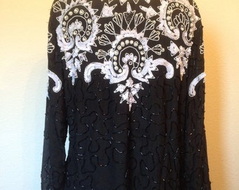 Silk sequin beaded vintage top, 1980s does 1920s art deco blouse, 80s evening glam, black white sequined beads pearls, scoop neck, women L