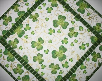 St Patrick's Day Table Topper, Shamrocks with Metallic, quilted, fabric from Hoffman
