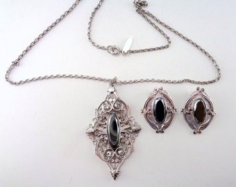 Vintage Signed Whiting & Davis Hematite Pendant Necklace and Clip On Earrings Set