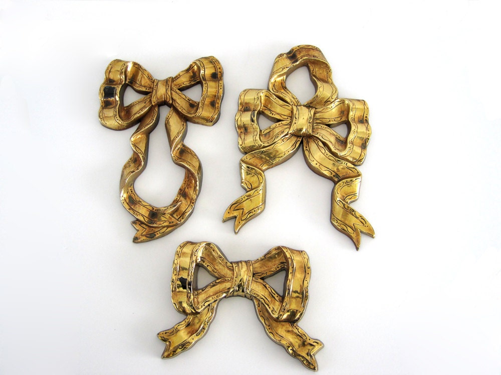 Wall Decorations With Ribbon : Vintage ribbon bow wall decor set gold plaques bedroom girls