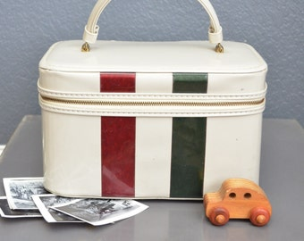Vintage Carry On Travel Bag Vintage Tote Handle Grommets Train Case Luggage Camera Bag White Mid Century Zipper Celebrity USA