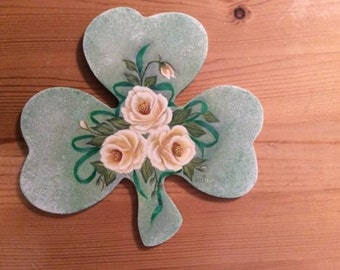 SHAMROCK Magnet with yellow roses - Hand painted PLAQUE -  - door decor
