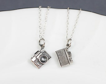 Camera Necklace Sterling Silver | Photographer Necklace | Camera Jewelry | Vintage Camera Charm Necklace | Camera Charm Necklace