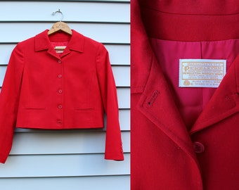 Vintage Vtg Vg 1960's 60's CHERRY RED Pendleton Blazer Cropped Long Sleeved Women's Size Small Virgin Wool Made in the USA Business Retro