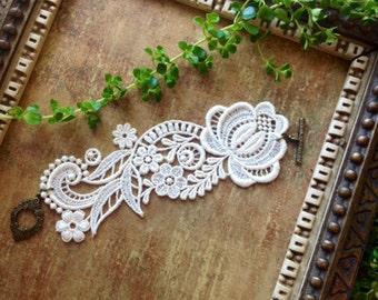 lace bracelet cuff -RACHAEL- ivory - ecru - white - blush