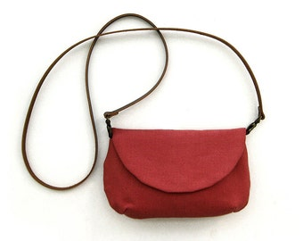 Small Fabric Purse in red with pocket inside and long leather strap· Burgundy Sling Bag · Coach purse · Small bag made of cotton canvas