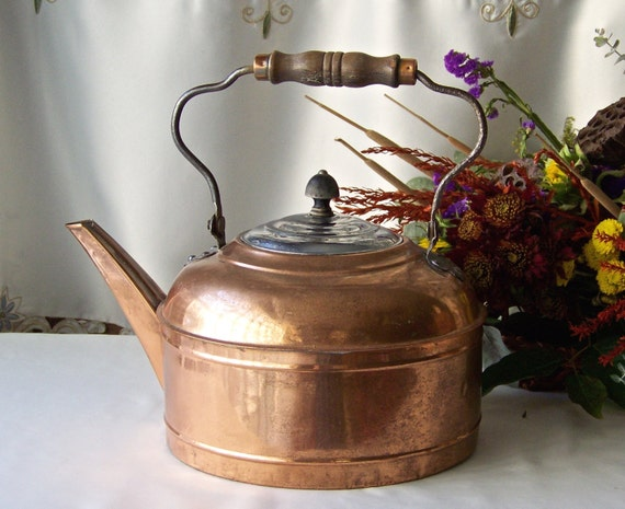 dating copper kettles Revere ware is a line of consumer and commercial kitchen wares introduced in 1939 by the revere brass & copper corp focusing primarily on consumer cookware such as (but not limited to) skillets, sauce pans, stock pots, and tea kettles.