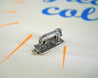 Sterling Silver Sewing Machine Charm / Pendant