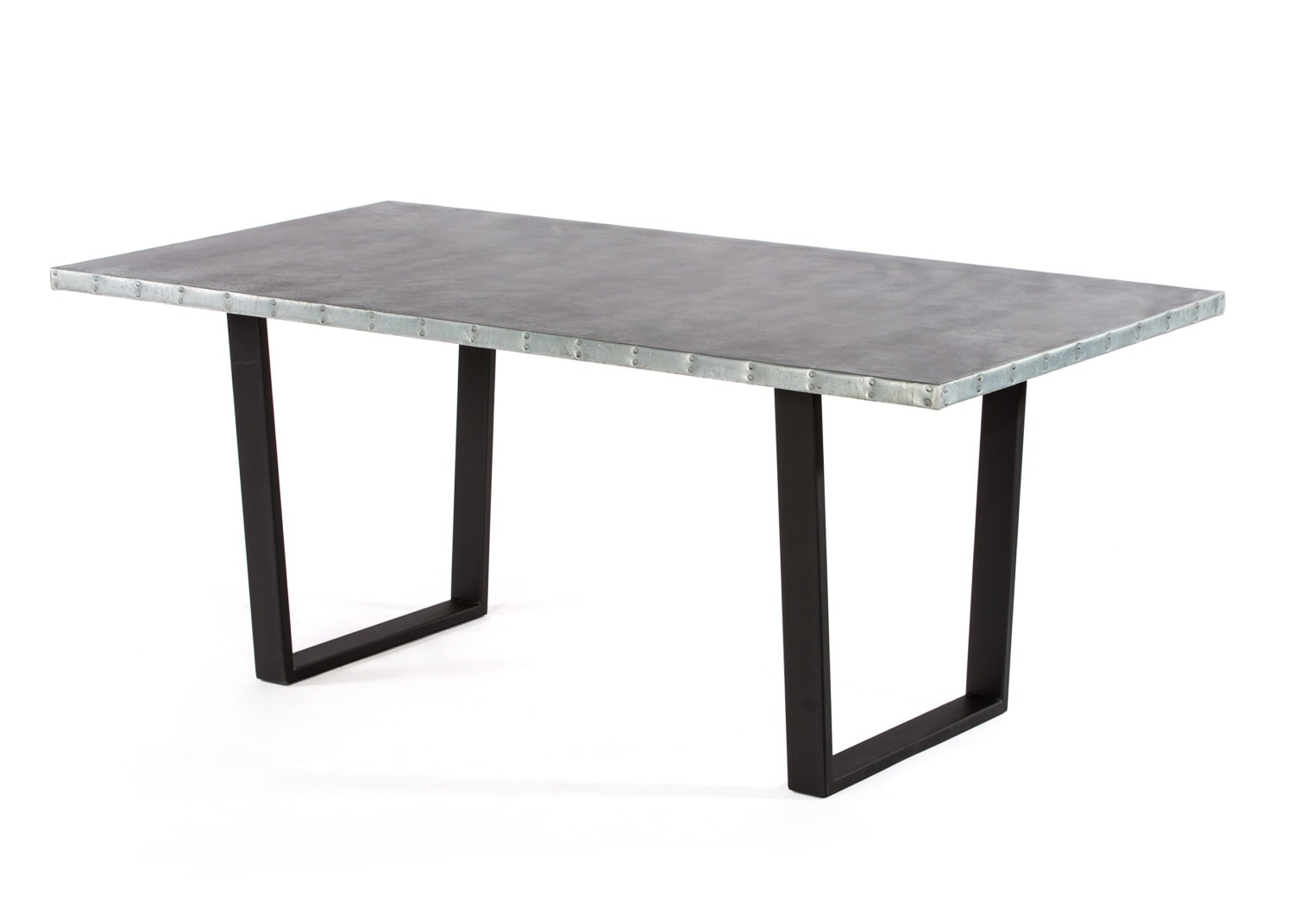 Zinc table zinc dining table the trenton zinc dining table for Table exterieur zinc