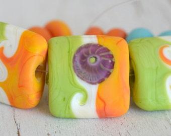 de-stash lime green, ivory, mango hand-shaped nugget/pillow lamp work set SRA handmade bead for making jewelry 73016-2