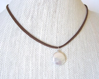 pearl necklace, pearl pendant necklace, classic style, boho necklace, Spring 2016 fashion trends, Mothers day gift idea,
