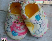 Vintage Easter Bunny Baby Booties