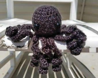 Tiny Grey Octopus Amigurumi