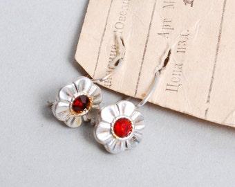 Pair of Vintage earrings, aluminum with enamel, flowers