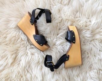 Wooden Platform Sandals // Womens Vintage Leather Shoes // US 7 1/2  EU 38