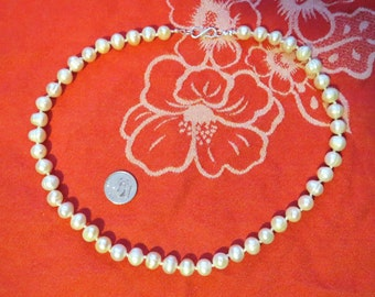 White Freshwater Pearl Necklace Hand Knotted w Sterling Silver 19 Inches