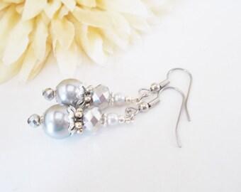 Silver Pearl Earrings, Gray Drop Earrings, Crystal Earrings, Wedding Earrings, Bridesmaids Gift, Bridal Earrings, Grey Dangle Earrings