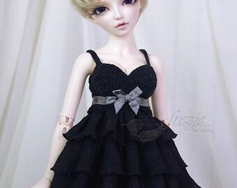 Black ruffle dress for MSD