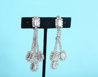 Vintage 1960s Chandelier Wedding Earrings - Rhinestone Clip On - Bridal Fashions
