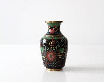 FREE SHIP  vintage Chinese cloisonné vase, small black floral brass enamel vase