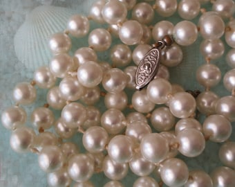 Vintage Single Strand Glass Pearl Necklace - 36 inches - 8mm Pearls - 1 pc