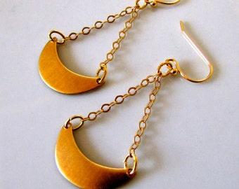 Crescent Moon Earrings Chain Earrings Geometric Earrings Simple Earrings Every Day Jewelry Casual Jewelry Gold Moon Trendy Earrings