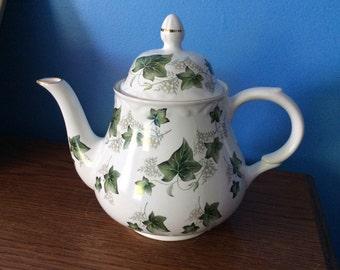 vintage Arthur Wood and son Staffordshire England Ivy tea pot stunning pattern 6504