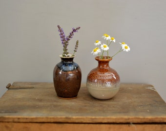 Set of two pottery vases