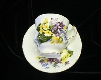 Paragon Flower Festival Bone China Violet , Buttercups and Shooting Star Floral Decor Cup and Saucer