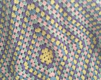 Baby blanket - Granny Square - soft and cozy - beautiful pastels