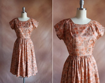 vintage 1950's rusty peach floral dress with full skirt / size s