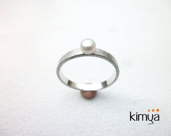 Silver Pearl Ring - Simple Pearl Band Ring - Minimalist Pearl Ring - Freshwater Pearl Silver Ring - Contemporary Jewelry