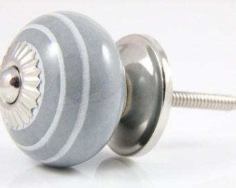 Grey and white stripey knob 3.7cm GRY003