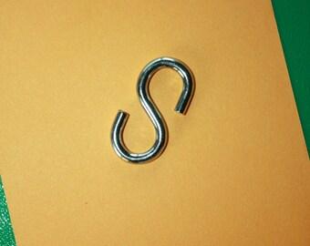 Solid Steel Hooks -S Hooks -Kitchen Pot Hooks -Macrame Hooks -Plant Hooks -Utility Hooks -Hanging Crafts -Decorative Hooks -Birdhouse Hanger