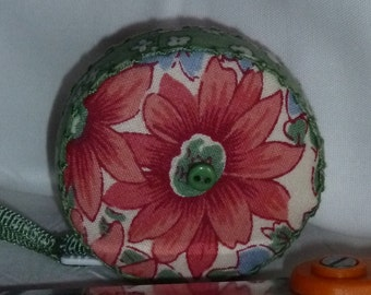1930's Vintage Look Floral Retractable tape measure, covered with fabric