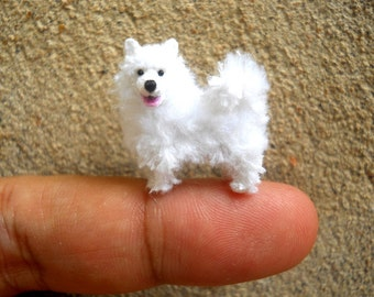 Miniature Samoyed  - Micro Crochet Mini Amigurumi Dog Stuff Animal - Made To Order