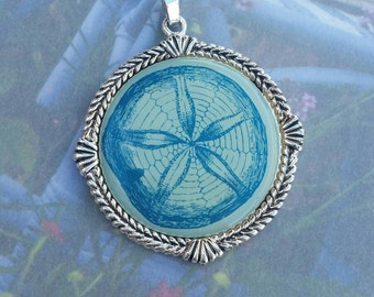 Antique silver finish sand dollar resin pendant, jewelry supplies, jewelry findings, necklace findings, beachy jewelry, sand dollar pendant