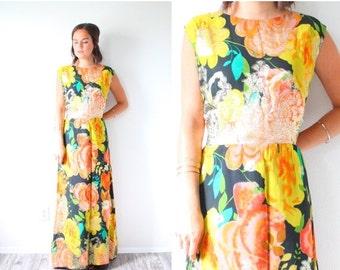 20% OFF BIRTHDAY SALE Vintage bright floral dress // floral summer dress // maxi formal summer fall dress // 70's dress // Hawaiian maxi dre